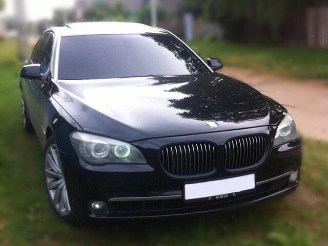 BMW 7 F02
